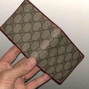 1a3beac7ee1 Gucci Bags - Gucci bi-fold wallet.